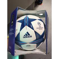 Balón Champions 2015-2016 Omb