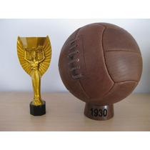 Balón Oficial Del Mundial De Uruguay 1930. Modelo Dos Gajos