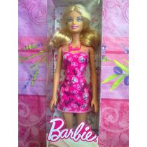 Barbie Con Vestido Con Disenos De Marca Modelo 2