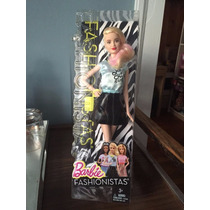 Barbie Fashionistas La Girl Cabeza Rapada Trabucle