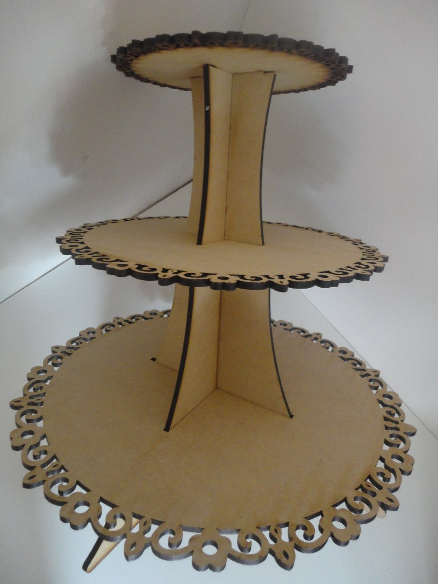 Pin floreros jarrones genuardis portal on pinterest - Bases para cupcakes ...