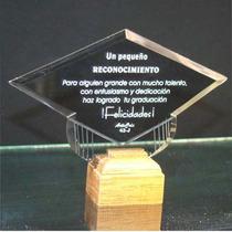 Birrete De Graduacion 43-j En Cristal Biselado Obscuro