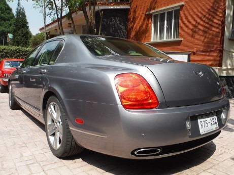 Bentley Continental Flying Spur 2007.