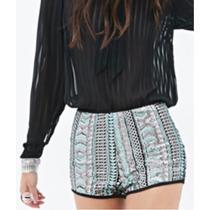 Shorts Con Lentejuelas