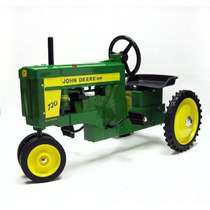 Tractor Con Pedales Para Niño Carro Carrito John Deere Vbf