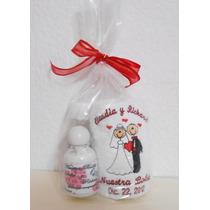 Kit De Toalla Bordada Con Gel Antibact. Y Crema P/manos Au1