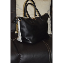 Elegante Bolsa De Mano Sahara Bicolor Black And White ! Wow