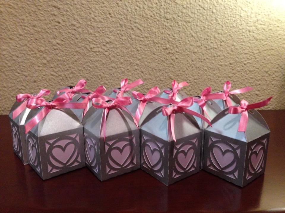 Cajitas para dulces ideales para mesas de dulces y for Mesas dulces para eventos