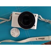 Cámara Nikon 1 J2 Y El Lente 1 Nikkor 1127.5mm F/3.55.6