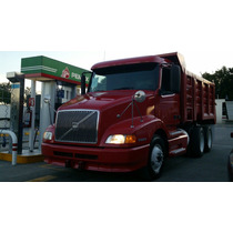Camiones De Volteo 14 Mts Volvo, Freightliner