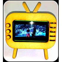 Carcasa En Forma De Televisión Para Celular. Retro Shouth Tv