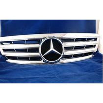 Parrilla Mercedes Benz Clase C C280 C320 C200 C240 01-07