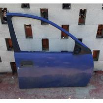 Puerta Delantera Derecha Chevy 4 Puertas Seminueva