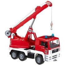 Hombre Fuego Camión Grúa Del Motor Con El Módulo De Luz Y So