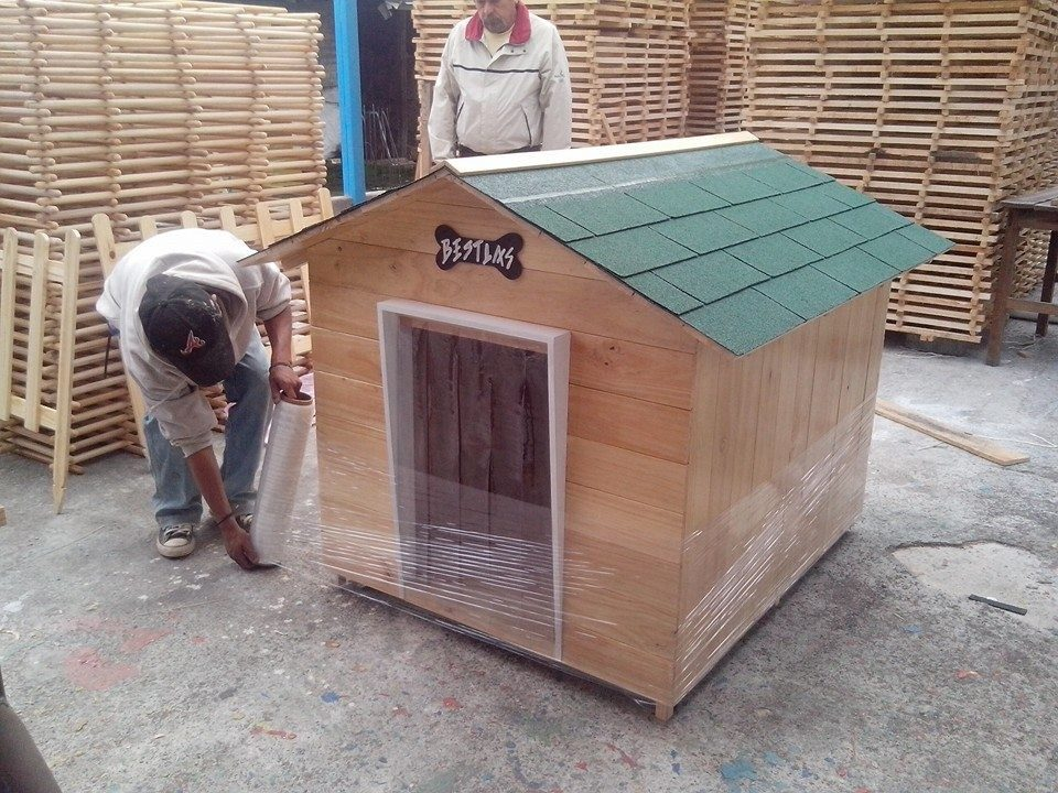 Casa de madera para perro mascota pictures to pin on - Casa perros madera ...