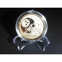 Moneda Grabada De La Nfl, Dorada En Cápsula Y Pedestal