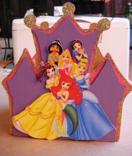 Centros de mesa de castillos de princesas disney imagui - Fiestas infantiles princesas disney ...