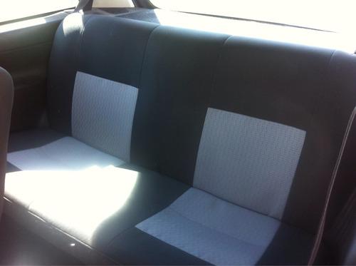 Chevrolet Chevy B 3p 5vel 2010
