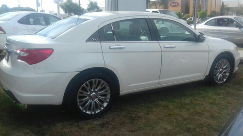 Chrysler 200 Límited 2012