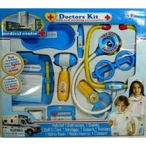 Centro Médico Kit Médicos Con Los Accesorios De Trabajo Real