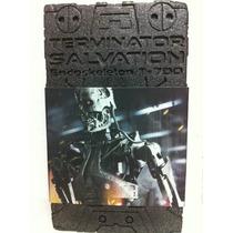 Hot Toys Endoskeleton Terminator Salvation T-700 1/6