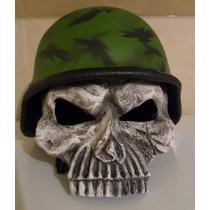 Calavera Militar Casco