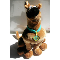 Scooby Doo Muñeco De Peluche De 38cm Version De Six Flags