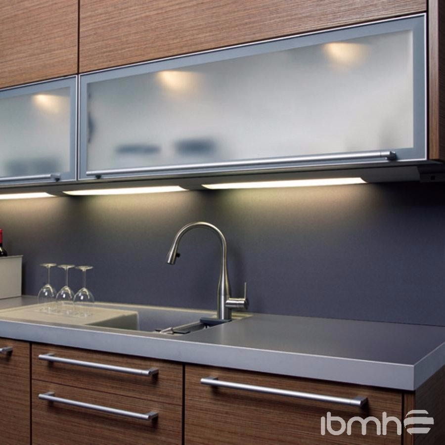 Cocinas integrales puertas de aluminio en - Puertas de cristal para cocinas ...
