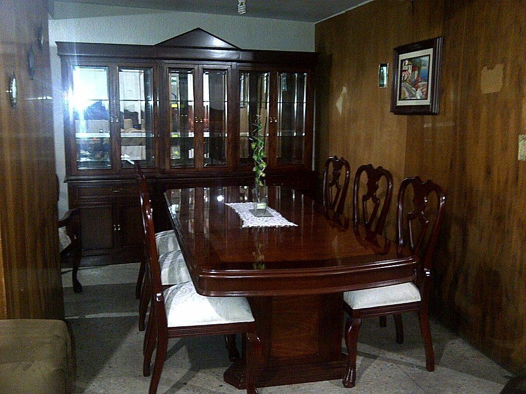 Comedor provenzal modernista tallado a mano en madera fina for Muebles comedor madera