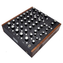 Mezcladora Mp2015 Controles Rotatorios 4 Canales 2 Usb Rane
