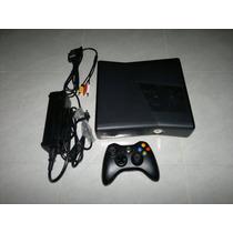 Xbox 360 Slim Completa De 4gb,funcionando Perfectamente.