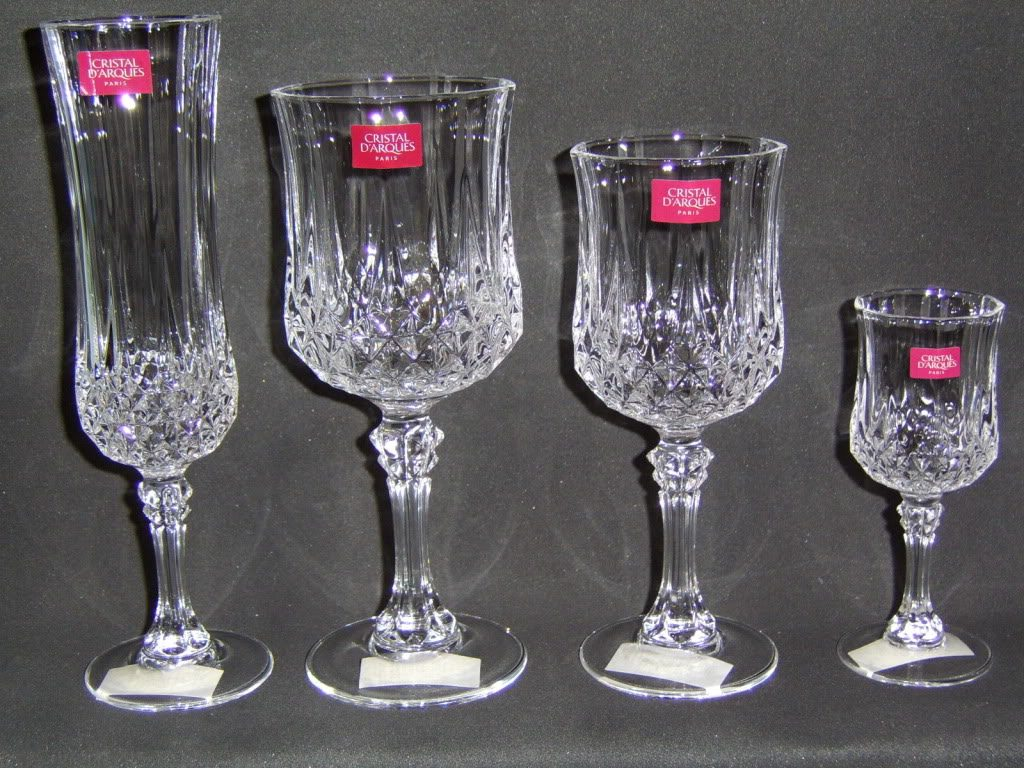 Pin copas agua vino cucharas tenedores cuchillos para for Copas de cristal