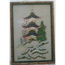 Cuadro De Pagoda Japonesa, Técnica Mixta