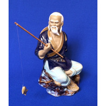 Pescador Chino En Porcelana
