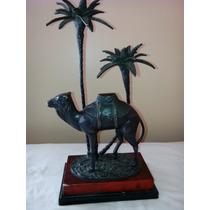 Figura Camello Árabe De Bronce Tiene Para Vela Arriba
