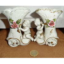 Par De Floreros Muy Antiguos De Porcelana