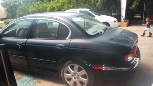 Deshueso Jaguar X-type