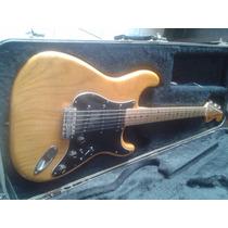 Fender Stratocaster (1977) 100% Original No Cambios