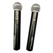 Sistema Profesional Con 2 Micrófonos Inalámbricos Recargable
