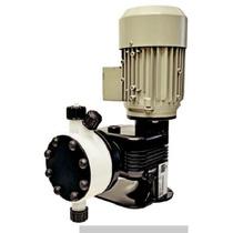 Bomba Dosificadora De Membrana Con Motor Con Cabezal En Pvc