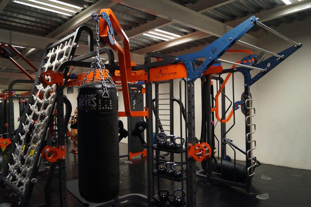 Equipo crossfit gym entrenamiento funcional u s for Aparatos de gym