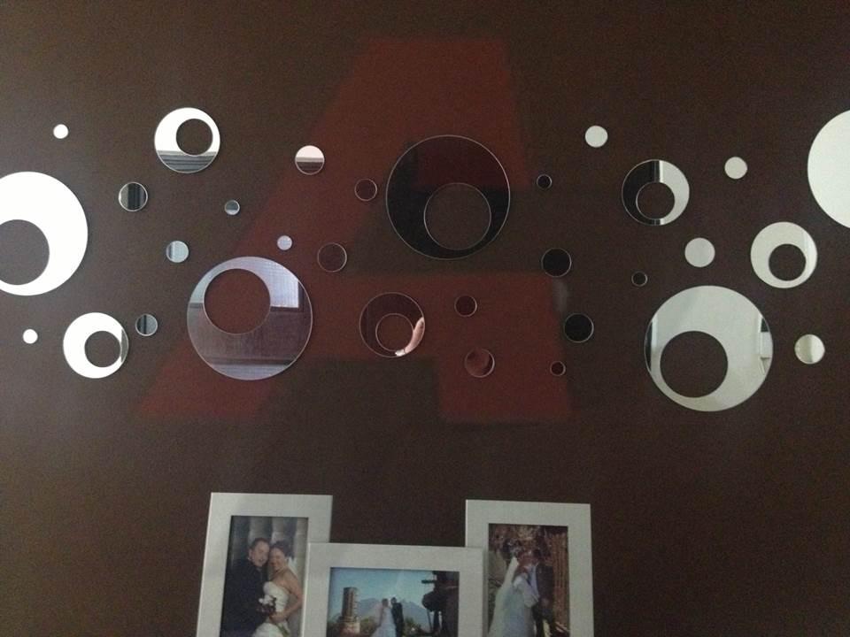 Espejos decorativos contempor neos modernos en acrilico for Espejos redondos decorativos modernos