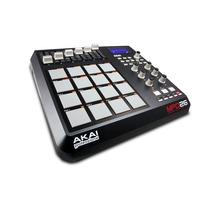 Akai Mpd26 Secuenciador Sampler D Software Pads 50 Controles