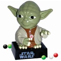 Star Wars Yoda Dispensador Dulces Luz Y Sonido Episodio 7