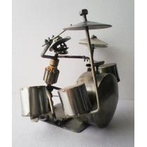 Musico Tocando Bateria - Escultura Arte Recicle Artesania