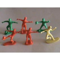 F10-lote De 15 Figuras Monocromáticas Futbolistas Barcel-