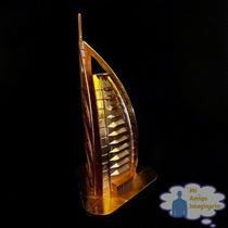 Torre Hotel Burj Al Arab Dubai Escacala Metal 18 Cm Dorado