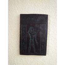Escultura, Figuras Egipcias. Bajo Relieve Hundido. Bronce