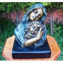 Ternura Madre Tierna Abrazando A Su Bebe, Op4