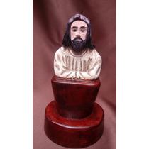 Mini Cristo Tallado En Madera